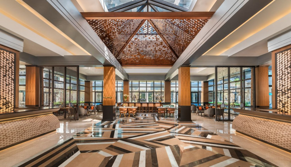 Torre Lorenzo - dusitD2 Davao Hotel Lobby and Siam Lounge